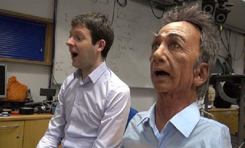 Робот-мимик умеет копировать эмоции человека