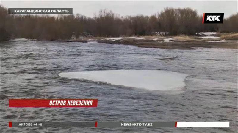 Карагандинских сельчан вода оставила без больниц, школы и магазинов