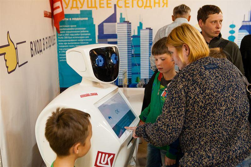 Роботы готовы поделиться своими мыслями с жителями Астаны