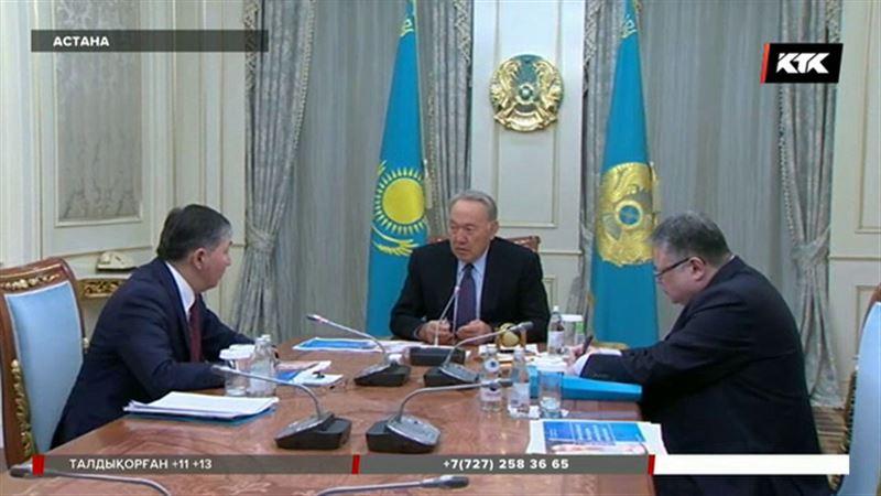 """Назарбаев: """"Сағадиев дұрыс жолда келе жатыр""""..."""