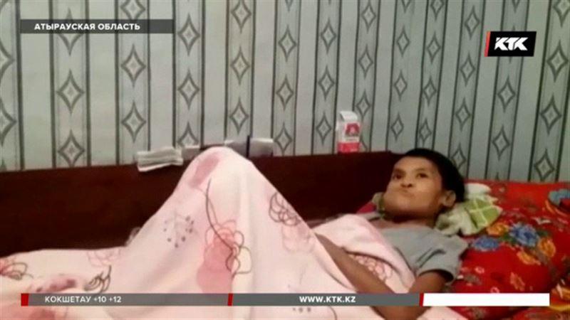 Больной анорексией матери троих детей нужна помощь