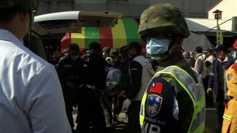 Грузовик взорвался с опасным грузом, семь человек пропали без вести, 13 пострадали