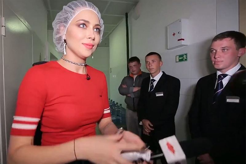 Появилось видео нападения на ведущую «Ревизорро» Самбурскую
