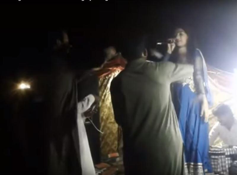 ШОК (18+): Мужчина застрелил беременную певицу из-за отказа станцевать