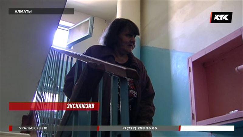 ЭКСКЛЮЗИВ: Бабушка Люцифера, проданного за 20 тысяч долларов, пытается спасти дочь