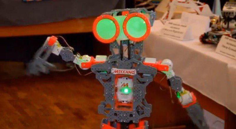 ВИДЕО: Оқушылар қара жорға билейтін робот жасап шығарды
