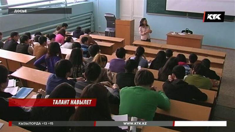 Из Казахстана уезжает одаренная молодежь – депутаты озадачены