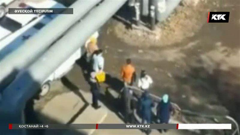 Ақмола облысында жас жігіт 5-ші қабаттан құлап кетті