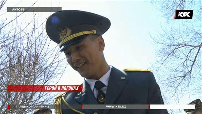 Ефрейтор Нацгвардии спас из огня двоих детей и инвалида