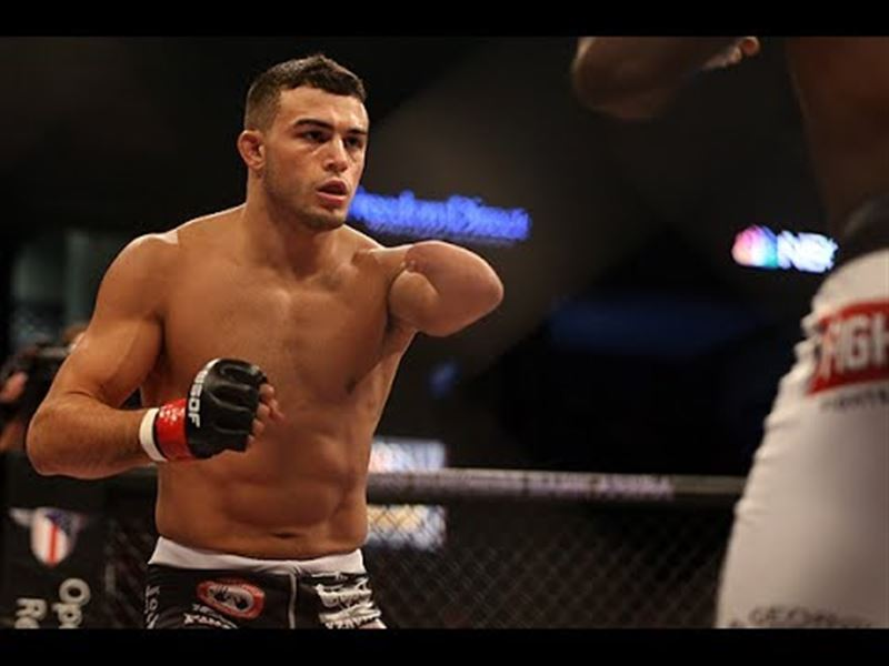 Бір қолы жоқ спортшы UFC-да өнер көрсете алады