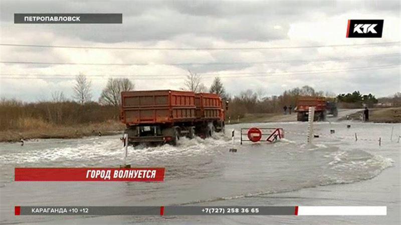 В пригороде Петропавловска подтоплены сотни дачных участков