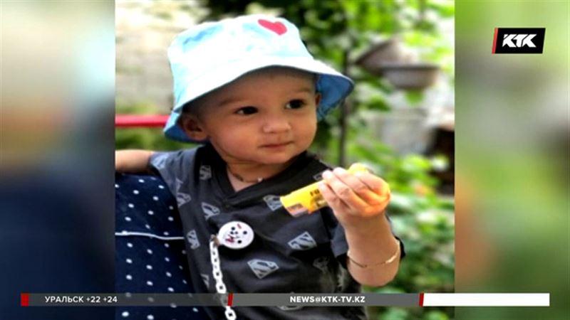 После смерти 2-летнего мальчика в крупном медцентре Алматы врачей отстранили от работы