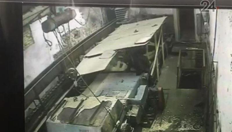 ШОК (18+): Машиниста разрубило ножами на фанерном заводе