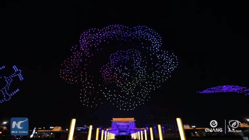 В Китае 1 374 дрона поднялись в воздух, поставив мировой рекорд