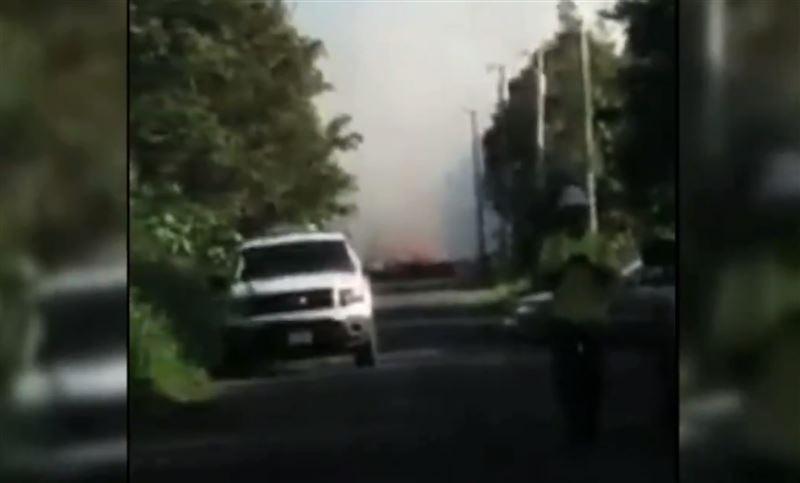 На Гавайях лава вулкана оказалась в подземных коммуникациях острова