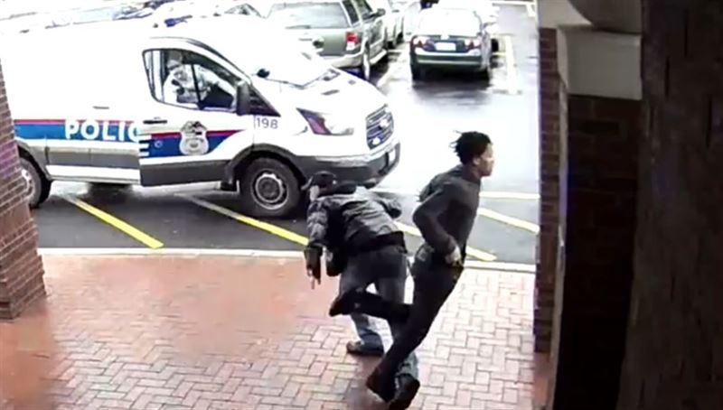 Пенсионер помог поймать преступника, подставив ему подножку