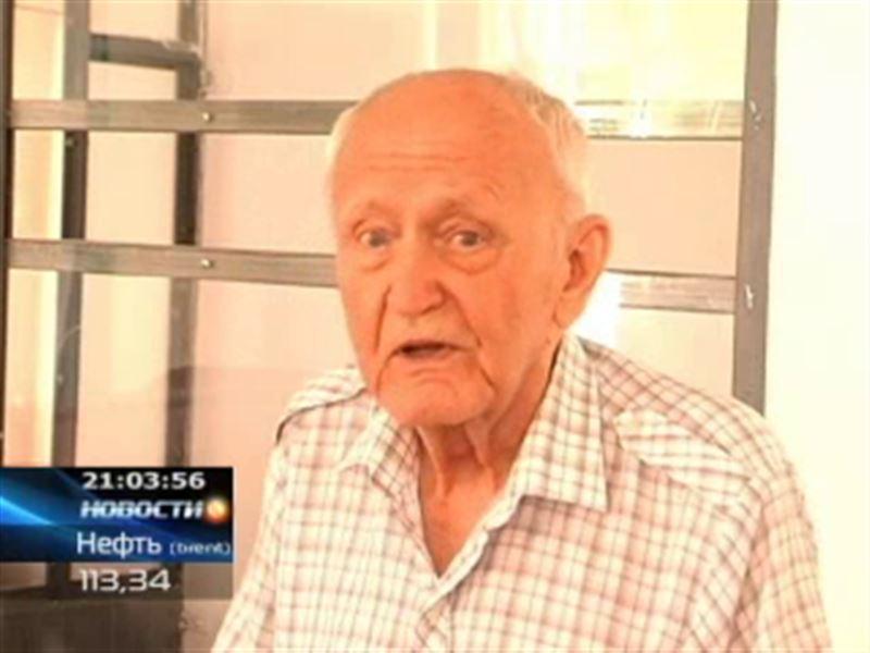 В Шымкенте 82-летний пенсионер зарубил сына-наркомана