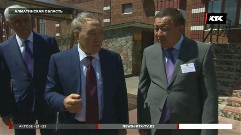 Назарбаев хочет, чтобы Алаколь стал самым посещаемым местом в стране