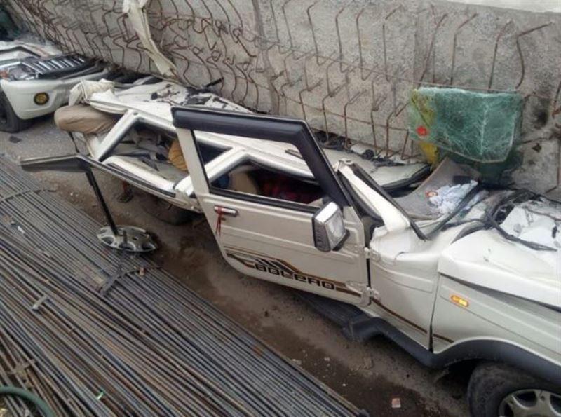 ШОК (18+): В Индии обрушилась дорожная эстакада, погибли 16 человек
