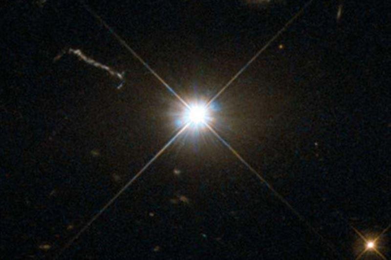 Ученые нашли самую опасную и быстрорастущую черную дыру во Вселенной