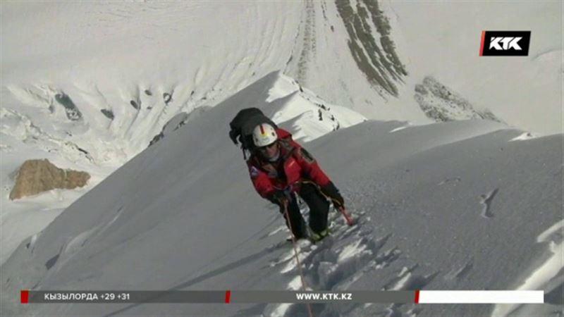 Казахстанец покорил высочайшую вершину планеты – во второй раз