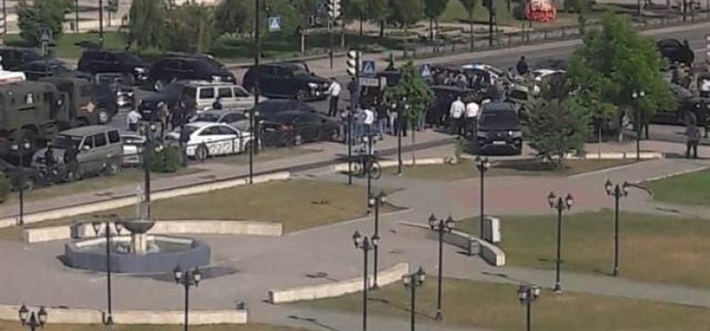 Нападение на церковь Архангела Михаила в Грозном попало на видео