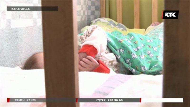 Карагандинка бросила годовалого сына в больнице, потому что у неё «ещё дети»