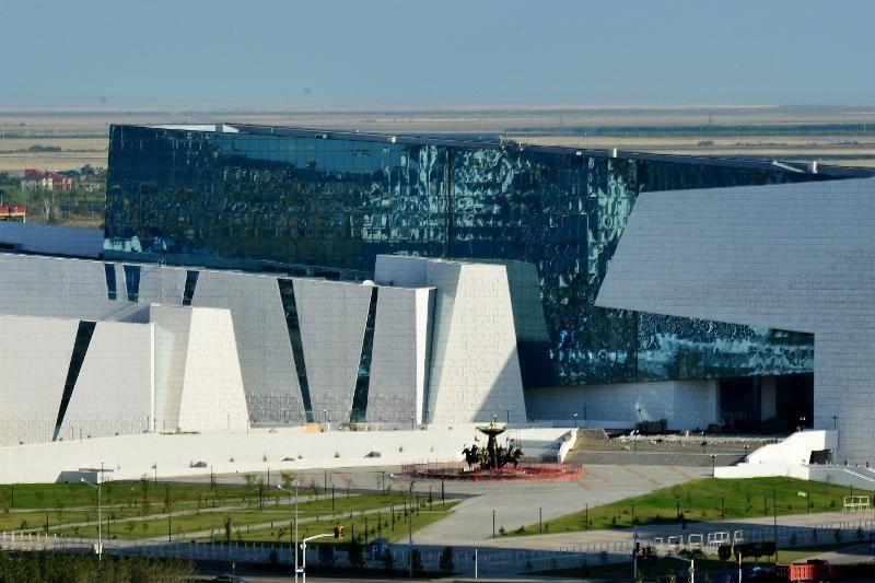 Астанадағы дауылда қанша ғимарат зақымданды?