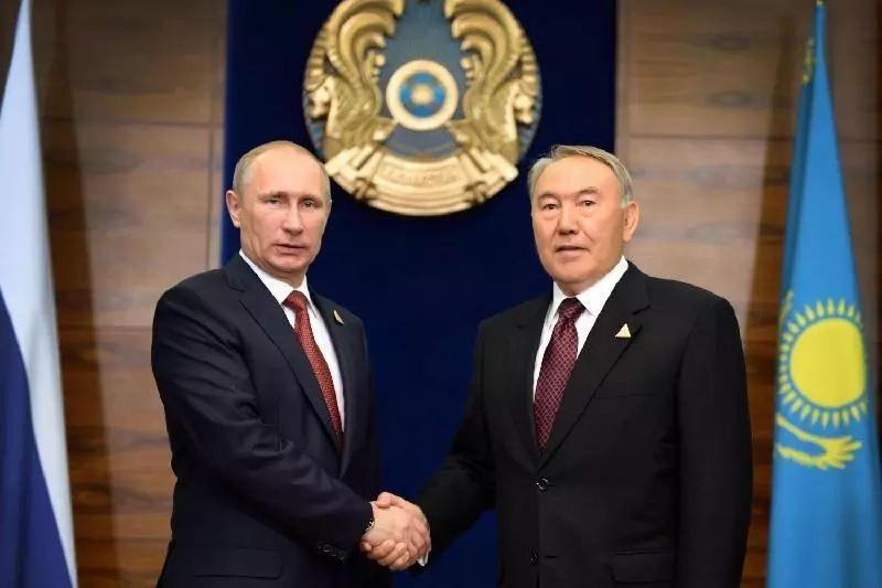 Путин пригласил Назарбаева на открытие чемпионата мира по футболу в Москве
