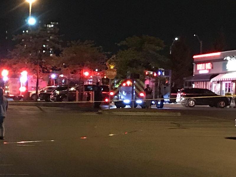 В результате взрыва в ресторане в Канаде пострадали 15 человек