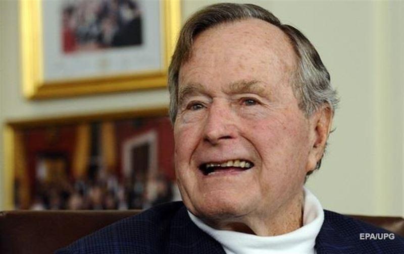 АҚШ-тың бұрынғы президенті Джордж Буш-үлкені шұғыл ауруханаға жатқызылды