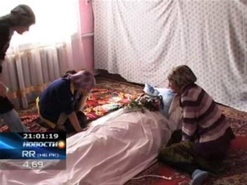 В Акмолинской области прямо на боевом посту был найден солдат, застреленный в голову