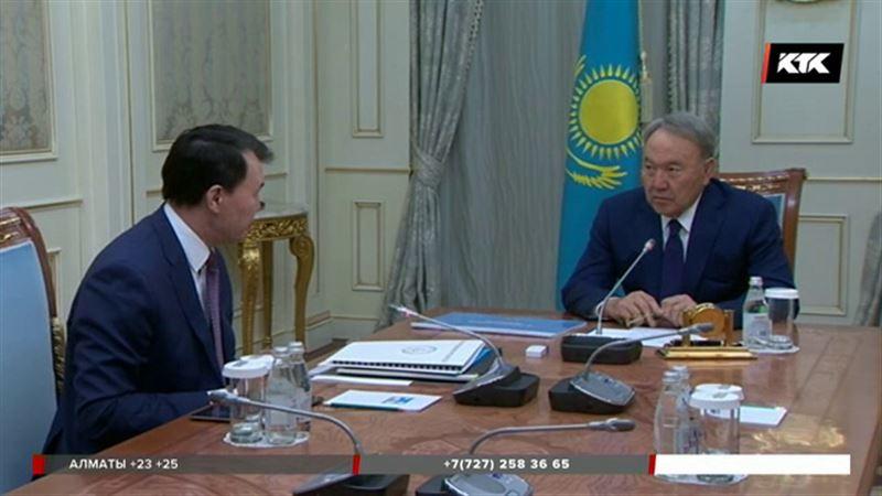 Назарбаеву рассказали, кто и сколько ворует
