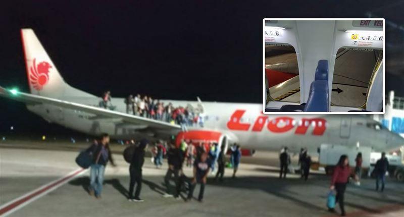 В панике на борту самолета пострадали 11 человек