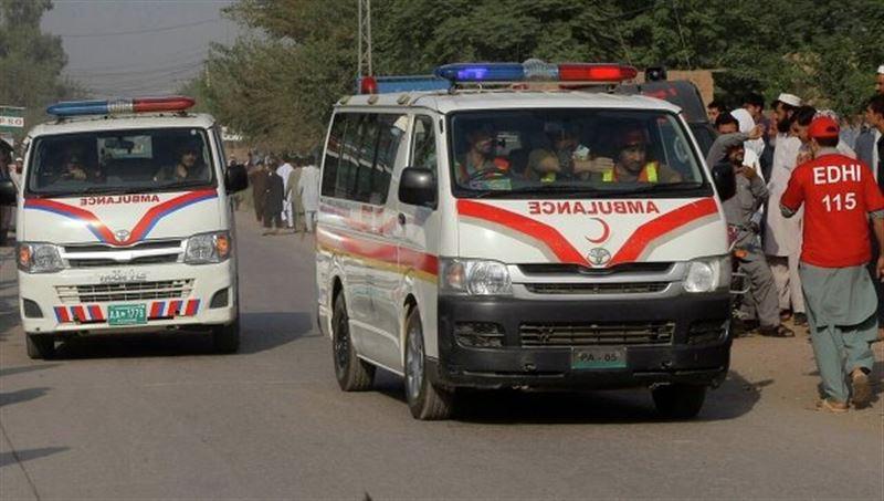 В результате ДТП с участием рейсового автобуса в Пакистане погибли 7 человек
