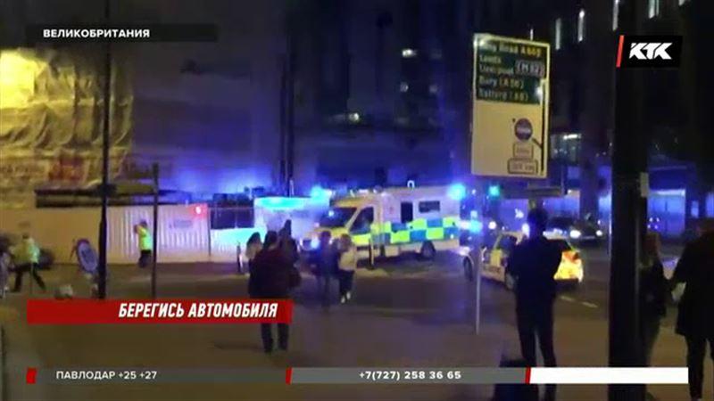 В Манчестере машина протаранила толпу людей