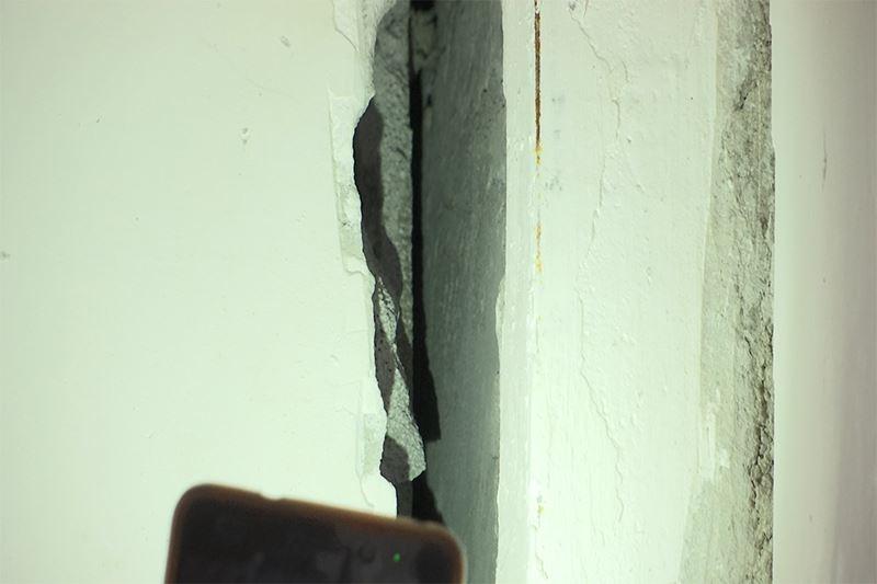 ФОТО: Жаңа коттеджді қалашықта үйлердің қабырғасы жарылып жатыр