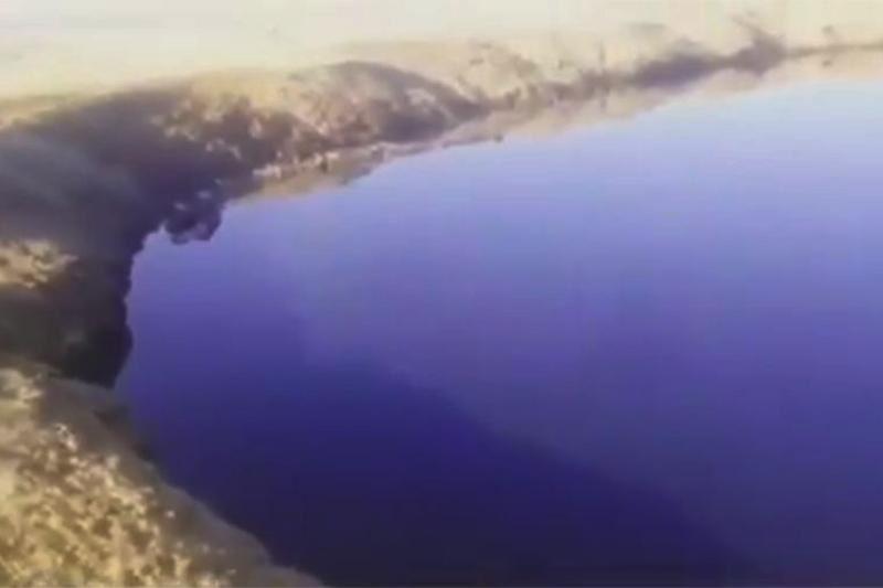 Атырау маңында мұнайлы көл пайда болды