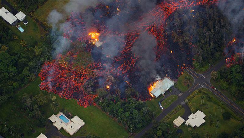 В результате извержения вулкана на Гавайях были разрушены 600 домов