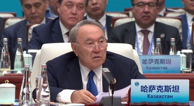 ФОТО: Назарбаев ШЫҰ саммитінде ұлттық валютамен сауда жасауды ұсынды