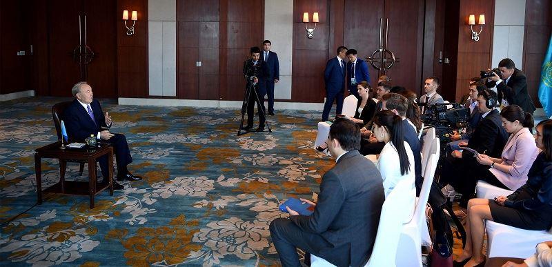 Нұрсұлтан Назарбаев әлемдегі санкциялық соғыстарға қатысты пікір білдірді