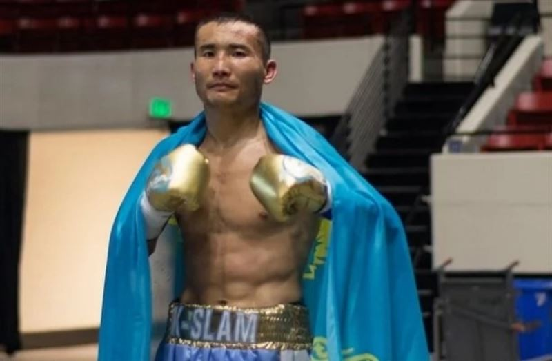 Казахстанского боксера Каната Ислама госпитализировали в США