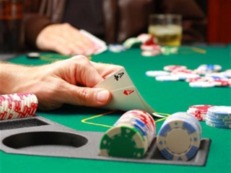 400-ден аса жұмысшы казинодан ақшаларын ала алмай жүр