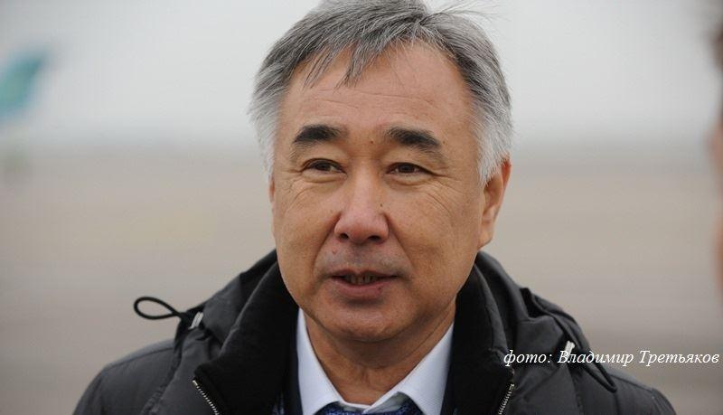 Президент аэропорта Алматы Айбол Бекмухамбетов подал в отставку