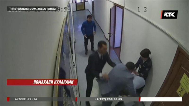 Драчуна-начальника таразского вокзала уволили
