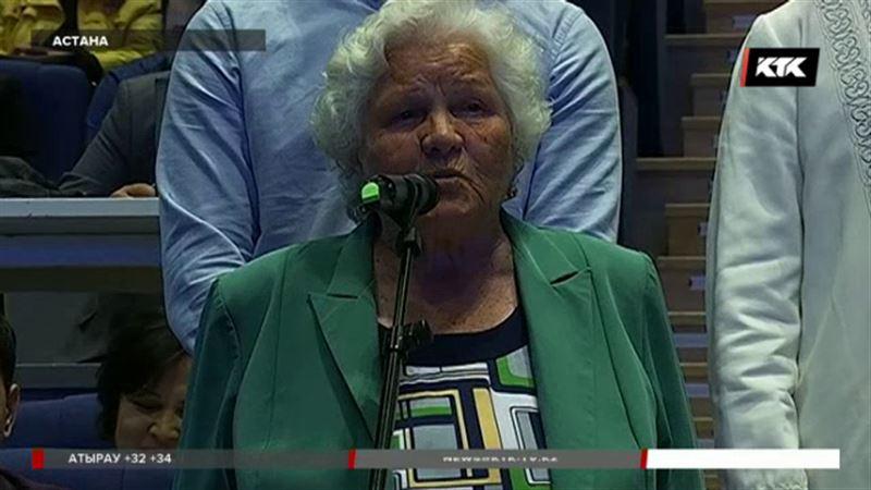 Бабушка  рассказала министру МВД о сексе