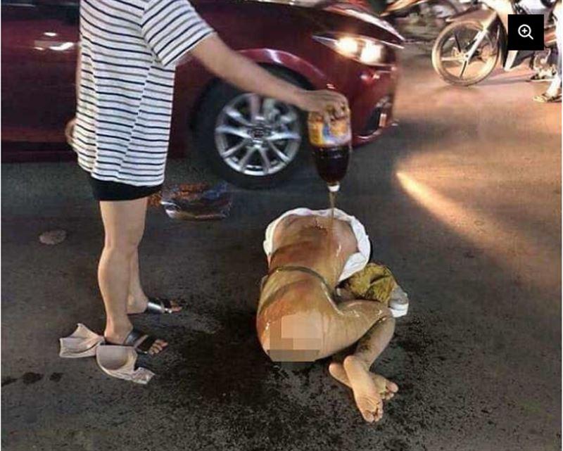 ФОТО: Күйеуінің көңілдесін ащы чили соусымен күйдіріп тастаған