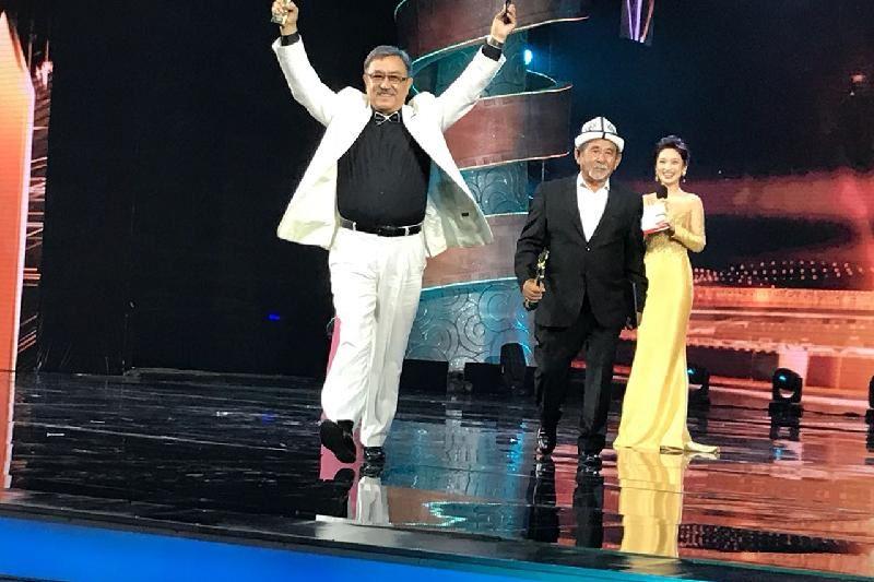 ФОТО:Қазақстандық актер Қытайда өткен кинофестивальде үздік атанды