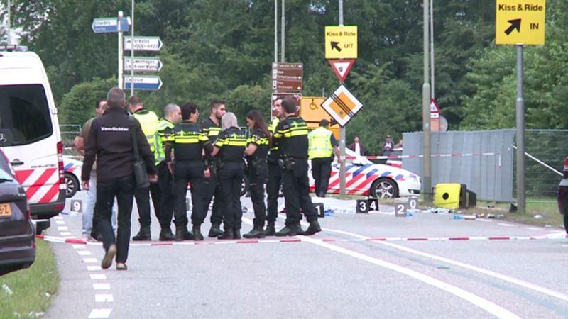 Микроавтобус наехал на пешеходов в Нидерландах, один человек погиб