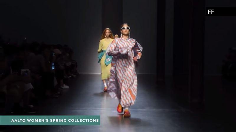 В Милане модели прошлись по подиуму спортивной ходьбой